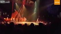 Un acrobate du cirque du soleil chute en plein show