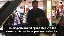 Deux artistes reprennent « Hallelujah » dans un aéroport et émeuvent tout internet !