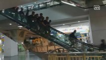 Netizens shocked by fight involving Myanmar workers in mall