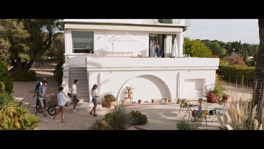 MILF (M***) - Bande-annonce officielle Trailer - Axelle Laffont (2018) [720p]