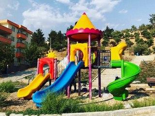 Çocuk oyun grubu, çocuk parkları, çocuk oyun parkları ve tartan