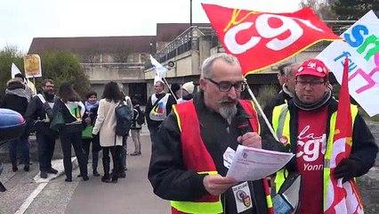Plus d'un millier de manifestants dans les rues d'Auxerre