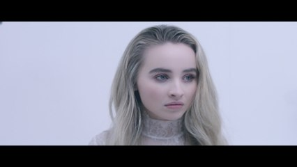 Sabrina Carpenter - Alien