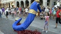 Genie Magic Lamp Levitation _ Street Performer