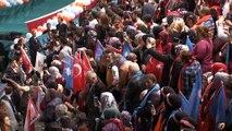 """Cumhurbaşkanı Recep Tayyip Erdoğan: """"MHP'li kardeşlerimiz ile el ele vererek, omuz omuza vererek inşallah 2019 seçimlerinde sandıkları patlatacak, ümmetin milletin birliğini beraberliğini zirveye taşıyacağız"""""""