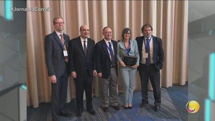 Jornal da Correio - Médica paraibana Adriana Mello foi condecorada durante congresso mundial, em Nova York