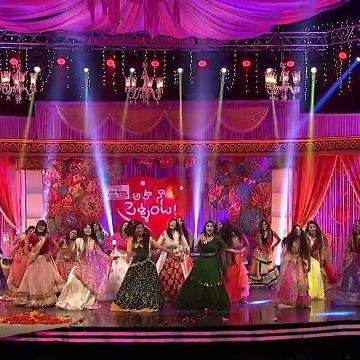 Rashmi Gautam & Roja Hot Expressions Dance Performance