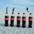 Meilleure vidéo de vacances... danser sur des bouteilles de coca !