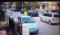 O momento incrível em que um cão de rua salva uma mulher inocente de um assaltante