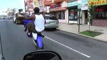 LOURD Equipe de Street Riders Wheeling USA motocross