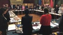 Minute de silence au conseil municipal en hommage au Colonel Beltrame