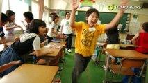Pria paruh baya diberi nasihat cinta oleh anak SD di Jepang - TomoNews