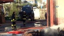 Diyarbakır Organize Sanayi Bölgesi birinci etapta bulunan bir kağıt ambalaj fabrikasında yangın çıktı. Tüm fabrikayı saran yangın nedeniyle olay yerine çok sayıda itfaiye ve ambulans sevk edildi. Dumandan etkilenen 8 kişinin hastaneye