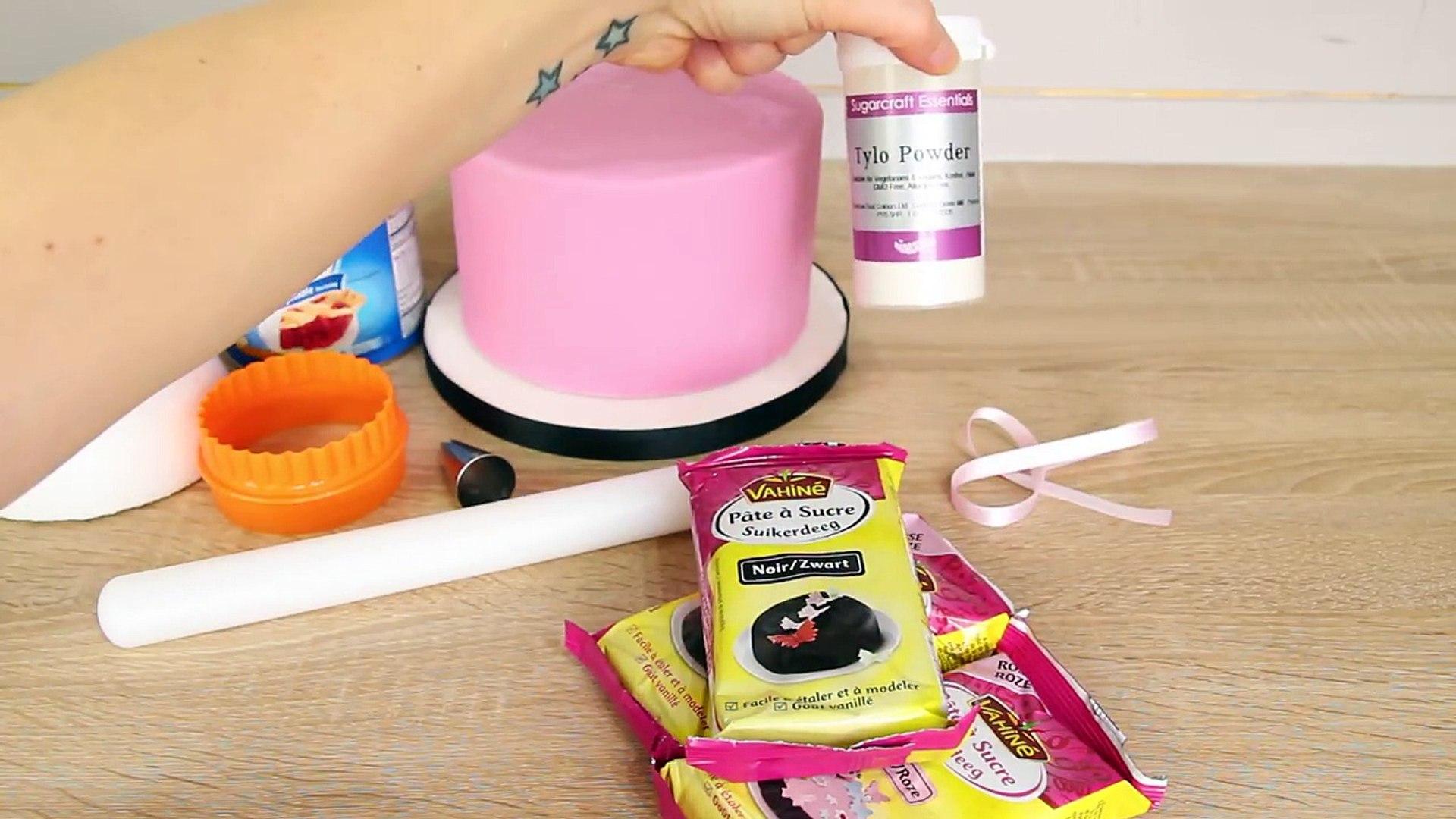 GATEAU D'ANNIVERSAIRE MINNIE PATE A SUCRE DECORATION GATEAU CAKE DESIGN •♡