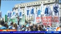 Millones de estudiantes sin clase en Argentina debido a paro de profesores