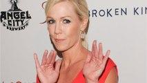 90210 Alum, Jennie Garth, Gets Divorced