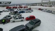 'Feliz día de la mujer, mamá': 100 autos escriben esta peculiar frase para las madres rusas