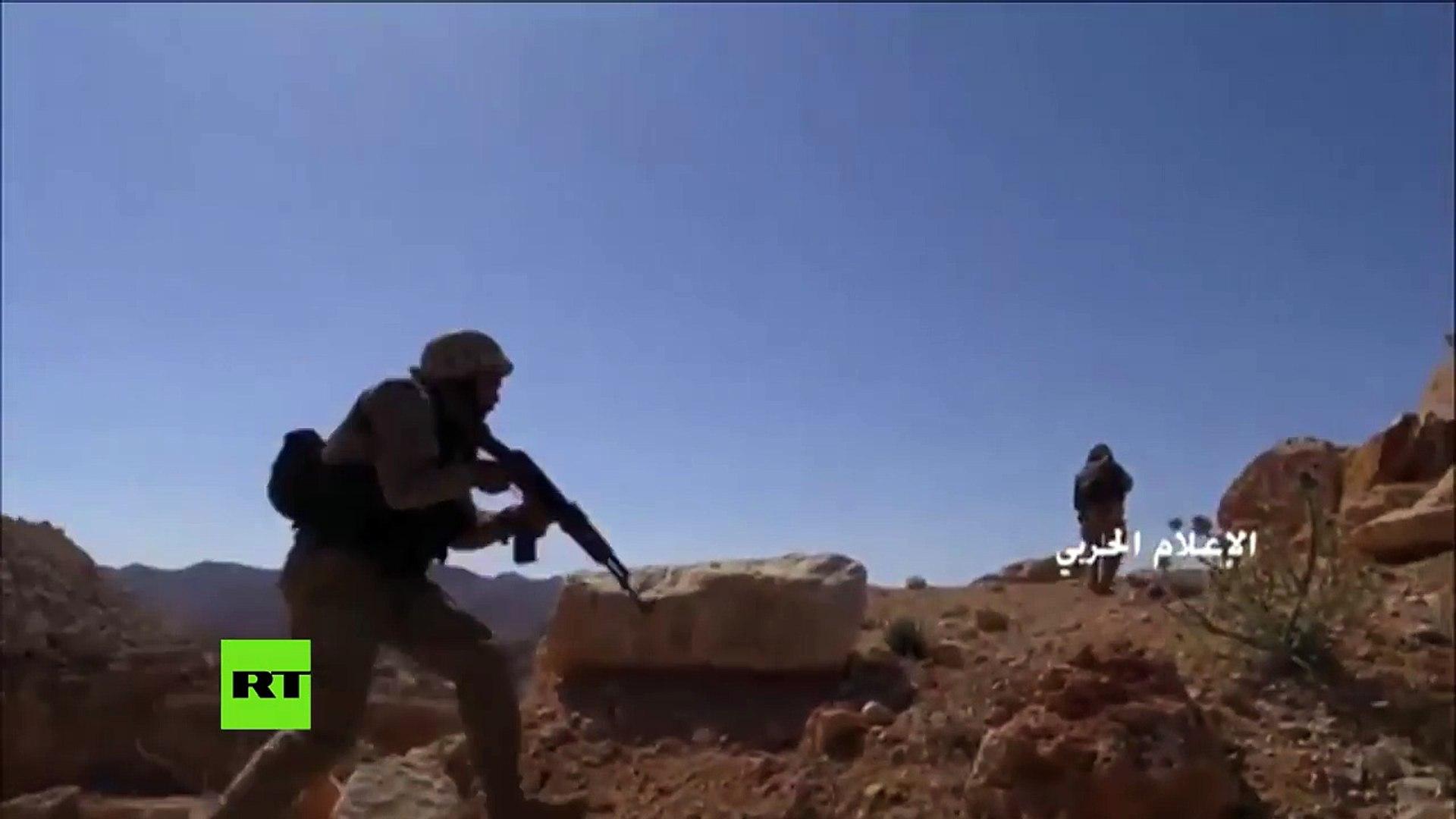 Soldados de Hezbolá combaten en la frontera de Siria y Líbano