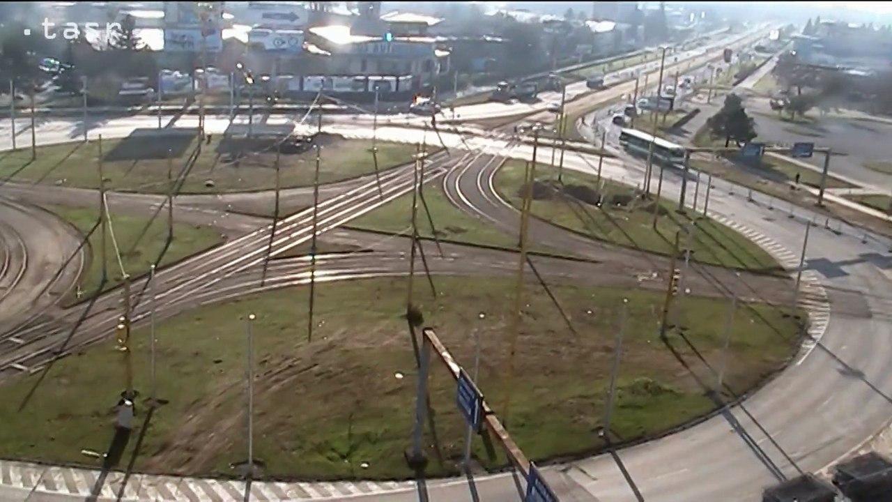 KOŠICE: Začala sa modernizácia električkových tratí na okružnej križovatke Moldavská
