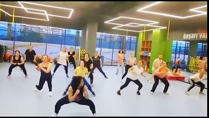 Fitness Must Zumba dersi Fit in Class