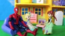 Frozen Elsa & Spiderman spitting fire? Funny Superheroes prank w/ Joker, Frozen Anna & Spidey