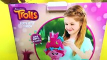 ANNA CUTS POPPYS HAIR OFF Trolls Poppy Style Station Makeover Toys Review TROLL TOY HAIRCUT