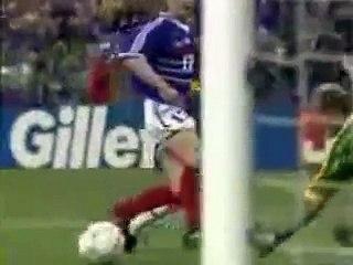 France 98 - Thierry Roland aux commentaires