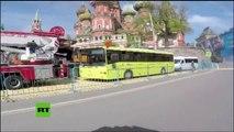Súbete a los aviones y tanques rusos y revive el desfile del Día de la Victoria