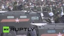 Tanques, aviones y sistemas de misiles rusos exhiben su poderío militar