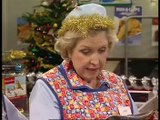 Dinnerladies S02E06 BBC Christmas