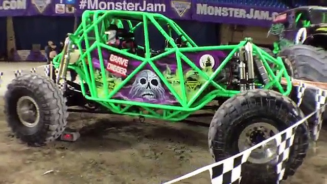 MONSTER JAM 2016 Featuring Hot Wheels MONSTER TRUCKS Grave Digger, Zombie, and Northern Nightmare!