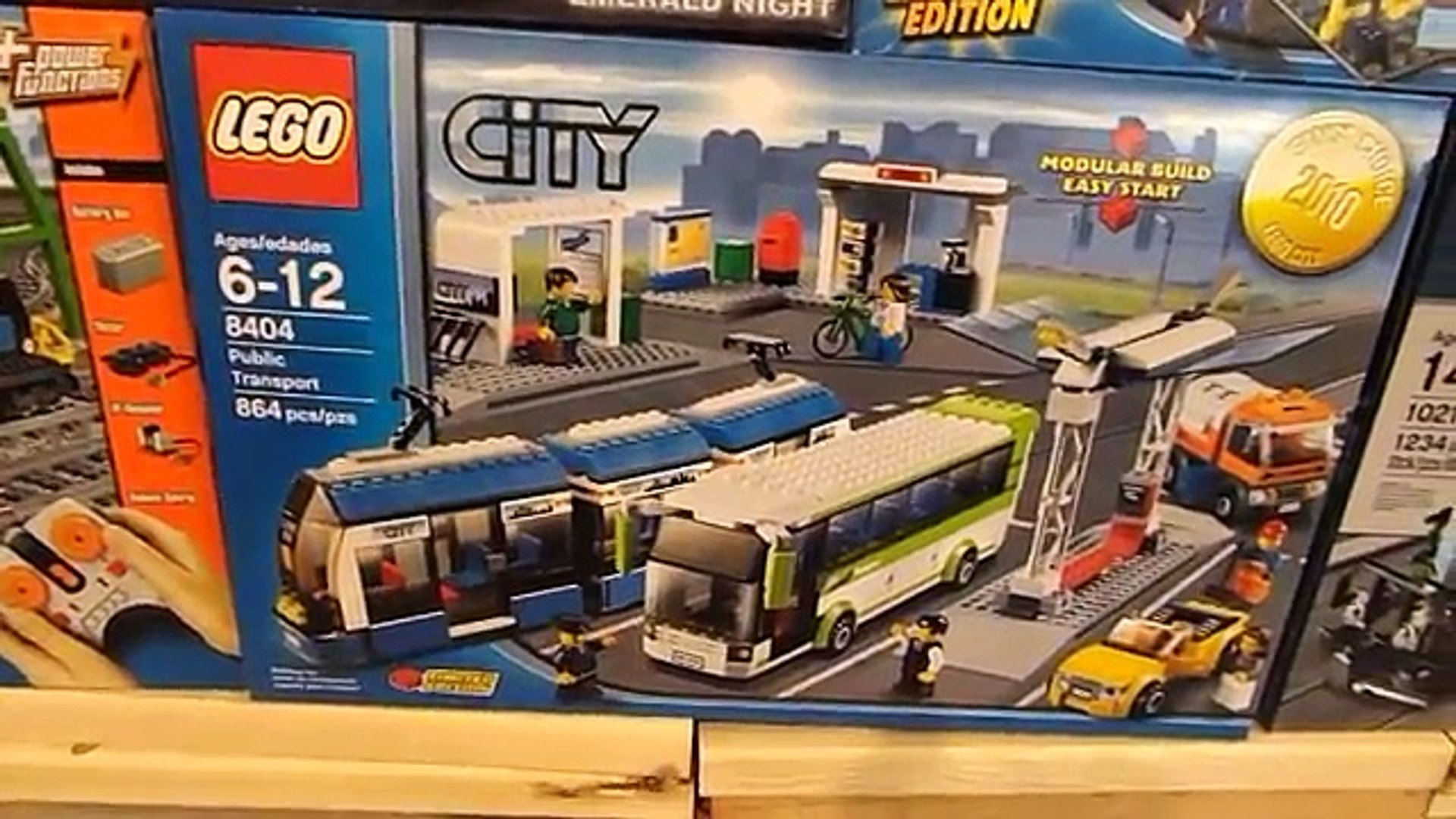 How to Add Power Functions to LEGO Public Transport Train #8404