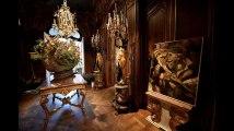 De la baignoire aux rideaux : l'hôtel Ritz vend 10.000 pièces aux enchères