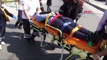 Maltepe'de takla atan otomobildeki 2 kişi yaralandı