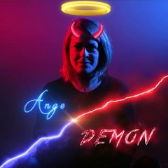 Ange ou Démon ?  Pauline KOEHL au Live Up Comedy