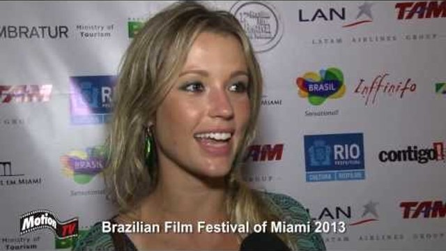"""Entrevista: Juliana Didone - """"Colegas"""" no Brazilian Film Festival of Miami 2013"""