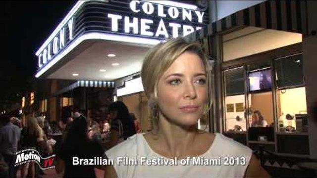 """Entrevista: Christine Fernandes - """"De Pernas Pro Ar 2"""" no Brazilian Film Festival of Miami"""