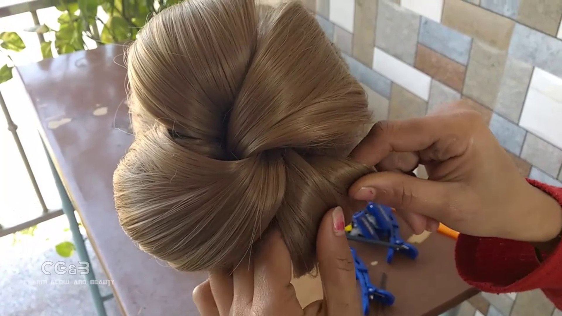 The most beautiful Hairstyles for this new year events, try this hair style for gorgeous and beautif