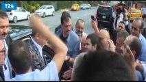 Bayramlaşırken taksicinin cebindeki sigarayı gören Erdoğan: Bak bak bak bak...