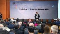 """- Enerji Bakanı Albayrak, Enerji Dönüşüm Diyaloğu Konferansı'nda Konuştu- Enerji Ve Tabii Kaynaklar Bakanı Berat Albayrak :- """"yenilenebilir Enerji Kaynaklarının Yeni Yüzyıla Adaptesi Ve Teknolojik Anlamda Gelişimi Noktasında Da Katk..."""