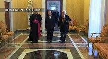 Hollande y Francisco hablan de la paz en Oriente Medio y África, familia y bioética