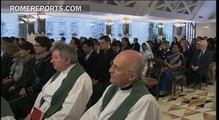 """Papa Francisco: """"Para un cristiano progresar debe significar abajarse, servir a los demás"""""""