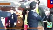 Turistas chinos se van a los golpes en el Taipéi 101 para poder entrar al baño primero