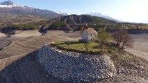 Superbe : le lac de Serre-Ponçon au plus bas déjà au printemps by drone