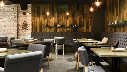 5 Ways to Save Money at Fancy Bars & Restaurants