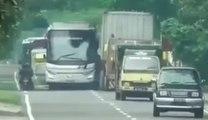 VÍDEO: los autobuseros más locos del planeta en acción