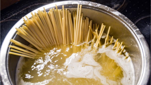 You're Probably Making These Horrible Mistakes When You Cook Pasta
