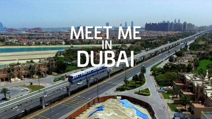 Meet me in Dubai: Fashion Blogger Kat LeBrasse
