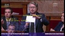 """Gilbert Collard s'énerve contre Jean-Luc Mélenchon à l'Assemblée en le traitant de """"trouillard"""" et de """"péteux"""""""