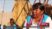 Los uros viven en las islas flotantes del Lago Titicaca